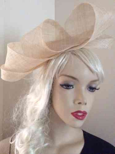 Cream Loop Fascinator hat