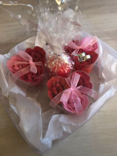 Soap Flower Candle Gift Set